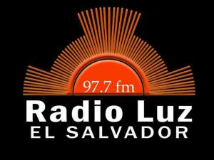Radio Luz FM live